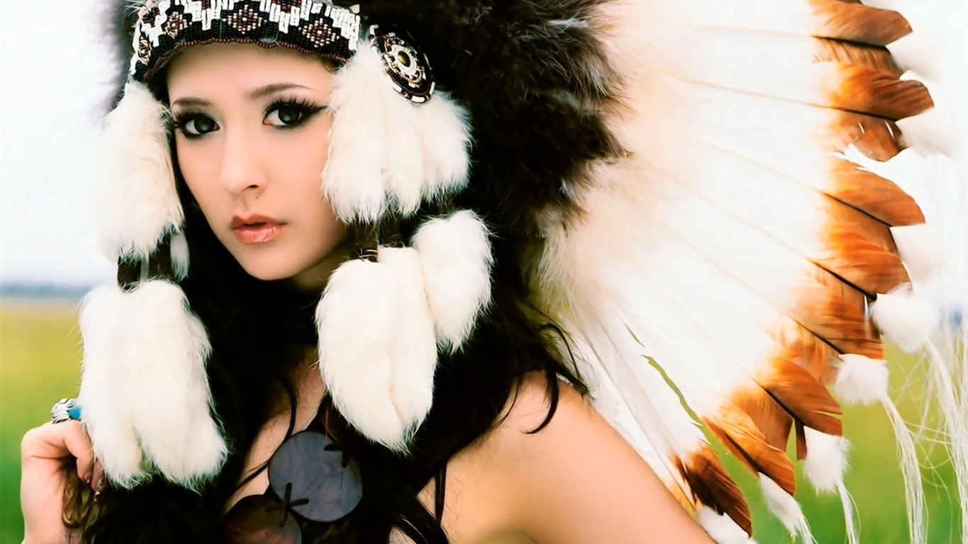 Pretty Beauty Tapete #29 - 1366x768