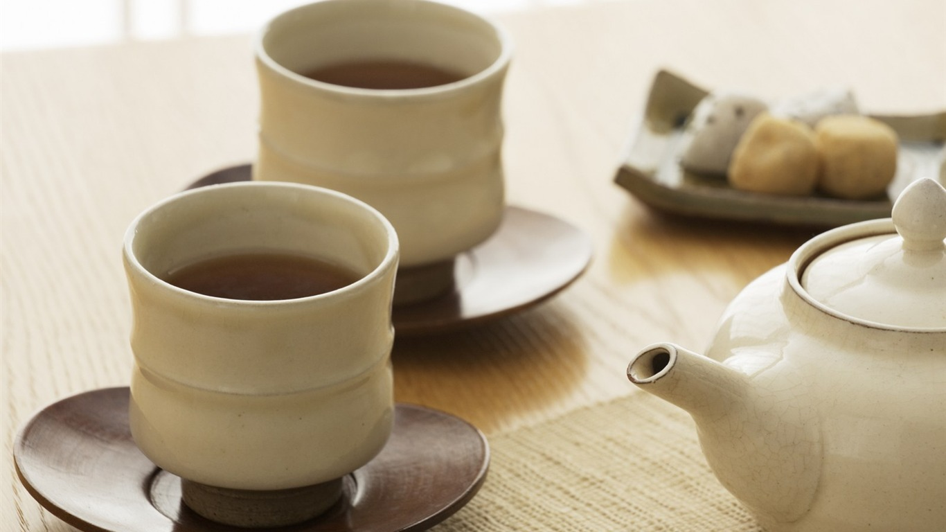 an examination of japanese tea ceremony The japanese tea ceremony is a highly structured ritual centered on the preparation, service, and consumption of steaming bowls of matcha known as sadō, chadō, or chanoyu, the centuries-old.