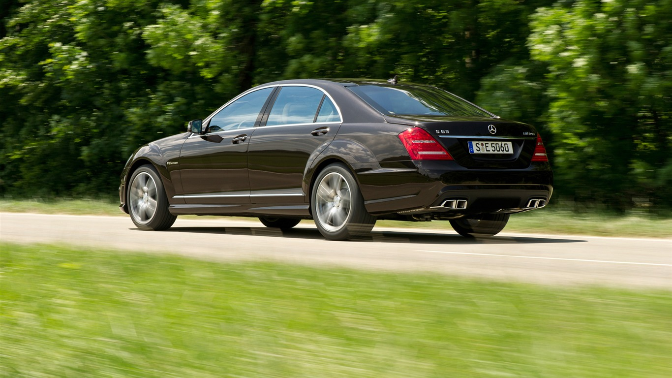 Mercedes benz s63 amg 2010 hd wallpaper 11 1366x768 for 2010 mercedes benz s63 amg