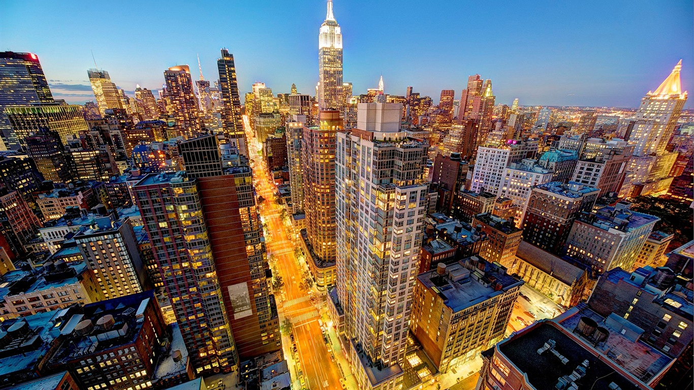 Empire State Building in New York, city night HD wallpapers #10 - 1366x768.