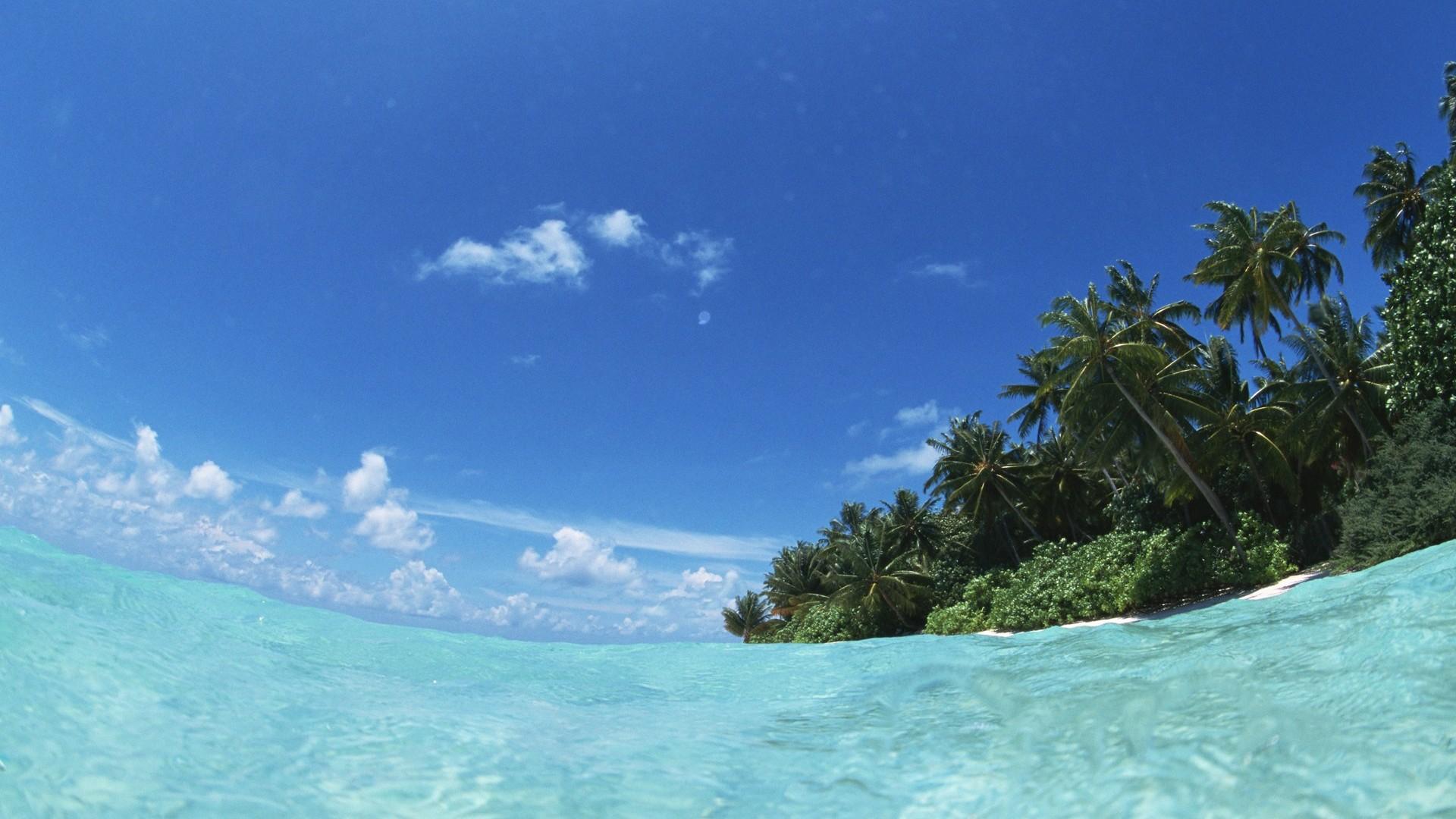 Maldivas agua y el cielo azul 7 1920x1080 fondos de for Hoteles en el agua maldivas