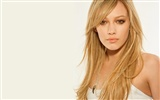 Hilary Duff beautiful wallpaper (2)