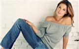 Katie Holmes beautiful wallpaper (2)