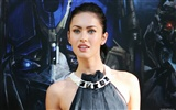 Megan Fox beautiful wallpaper (2)