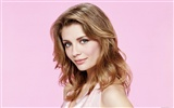 Mischa Barton beautiful wallpaper (2)