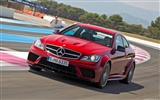 Mercedes-Benz C63 AMG Black Series Coupe - 2011 HD wallpapers #13
