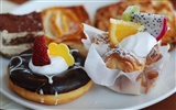 Delicate and delicious desserts breakfast wallpapers #5