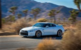 2013 Nissan GT-R R35 USA version HD wallpapers #10