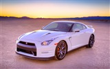 2013 Nissan GT-R R35 USA version HD wallpapers #15