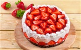 Delicious strawberry cake HD wallpapers